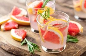 Grapefruitos-rozmaringos szódavíz